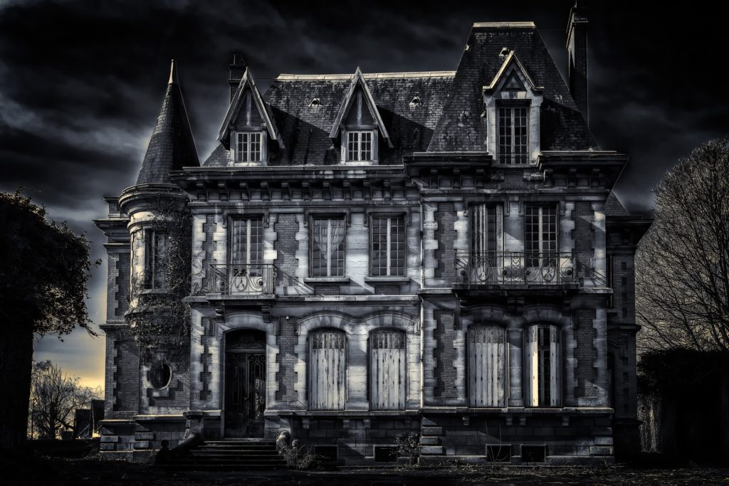 A dark haunted looking mansion
